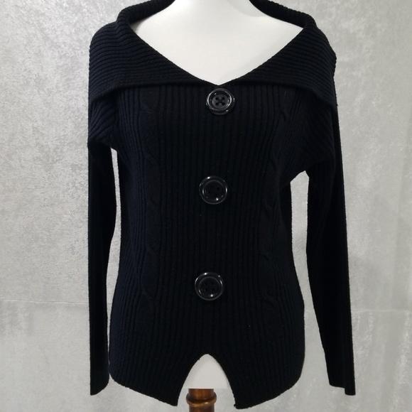 5578c7e631 Cute Black Sweater. M 5b2017d6c2e9fe9f6cf58974
